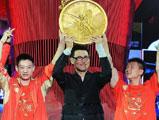 张学友为杨威王楠奥运冠军献唱