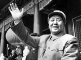 1954年毛泽东朱德刘少奇周恩来天安门阅兵