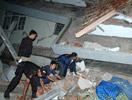 印尼爪哇地震救灾现场