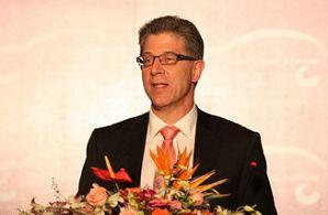 2009中国汽车产业发展国际论坛 康明斯公司集团副总裁 曹思德