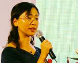 张剑宇女士发表演讲