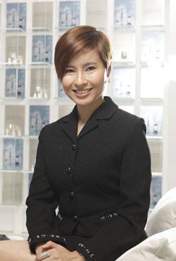 Lisa周雯凤接受搜狐香港专访