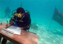 关注哥本哈根气候大会:马尔代夫内阁水下会议