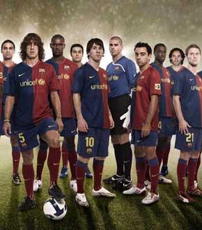 巴萨成就2009六冠王伟业 红蓝军团成世界公敌