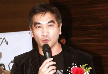 香港制衣同业协进会主席钟国斌