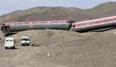 新疆列车遭遇沙尘暴袭击脱轨