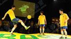 巴西小球迷花式表演