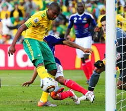 南非世界杯,姆费拉