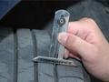 轮胎爆胎如何应对