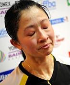 张亚雯出局赛后伤心落泪