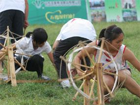 女子100米纺线