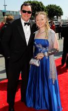 第62届艾美奖红毯男女搭档:迈克尔和女伴亮相