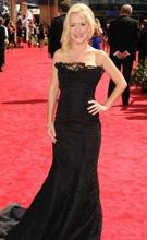 第62届艾美奖红毯:安吉拉-科赛丝