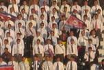 朝鲜队助威团整齐划一