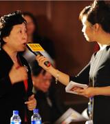 致青年   教育总评榜  搜狐教育总评榜  搜狐教育盛典 年度盛典 卢勤 辩论赛