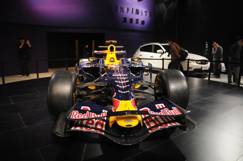 英菲尼迪F1赛车