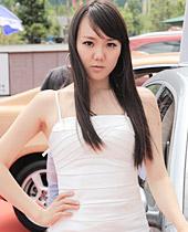 2012年诚信经销商巡展凯丹广场专场,美女车模
