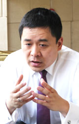 广汇汽车董事兼首席执行官王震