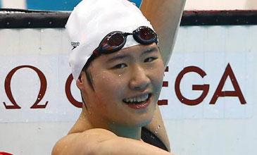 叶诗文400混逆转夺冠 16岁小将破世界纪录