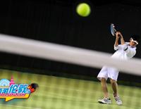 西游伦敦记:李炜搭档于莎莎 完美演绎网球王子