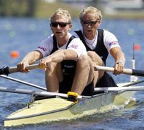新西兰队打破赛艇男子双人单桨世界纪录