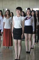 2012夏季达沃斯志愿者礼仪培训举行
