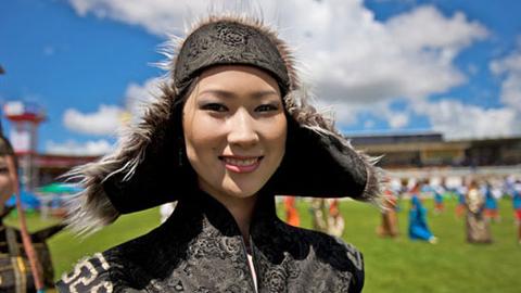 蒙古国美丽剩女多 媒体开始提倡实行一夫多妻制