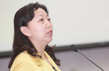 北京市妇联副主席、北京市幼儿园女园长协会名誉会长周志军