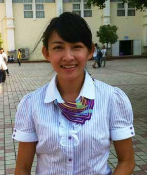 美女老师的照片在网络上引起轰动