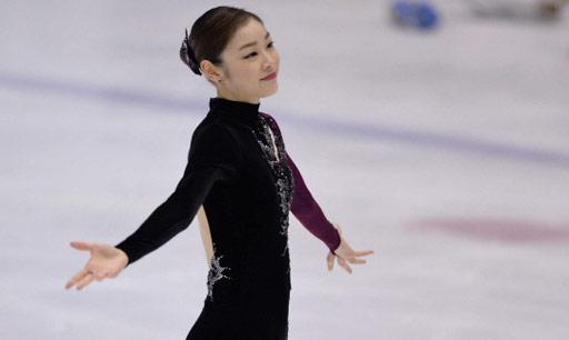 目前的女单赛场最大的一对竞争对手就是韩国的金妍儿和日本的浅田真央