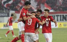 小组赛第一场:迪亚曼蒂2球黄博文破门 恒大4-2