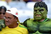 小组赛吓人球迷:绿巨人