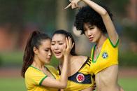 足球宝贝模仿球星