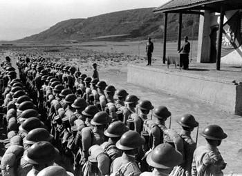 美记者拍早期国军抗战