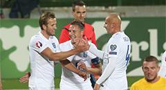 欧预赛-英格兰3-0 凯恩拥队友