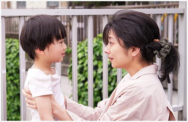 麻子与小广相遇后,决定成为他的养母