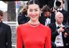 刘雯红毯红裙