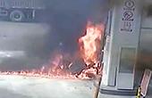 男子加油站纵火员工救火