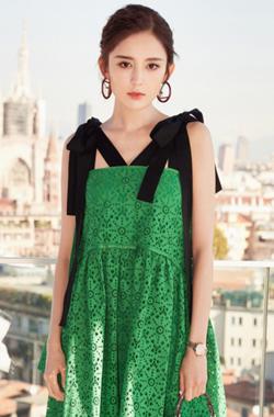 娜扎绿色蕾丝裙清新似仙女
