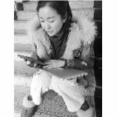 成都大学生韩国机场遗失电脑包 大连姑娘拾得后带包回国归还