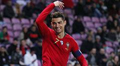 热身赛-葡萄牙0-3荷兰 C罗张牙舞爪