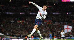 热身赛-英格兰1-1 瓦尔迪挥拳庆祝