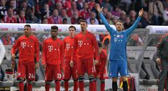 德国杯-拜仁1-3 拜仁替补席全体起身