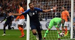 欧国联-法国2-1荷兰 姆巴佩霸气庆祝
