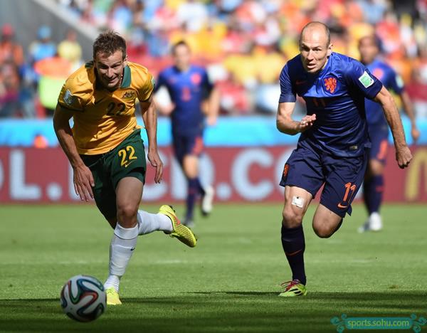 德容罗本_世界杯-罗本范佩西进球小将爆射 荷兰3-2胜袋鼠-搜狐体育